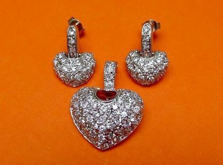 Image de «Coeur pavé fantaisie» ensemble de pendentif et de boucles d'oreilles pendantes en argent sterling, cœur avec zircones cubiques