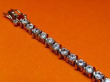 Image de «Zircone barre oblique zircone», bracelet de tennis en argent sterling, une rangée de zircones cubiques rondes serties à griffes entrecoupées par des barres obliques