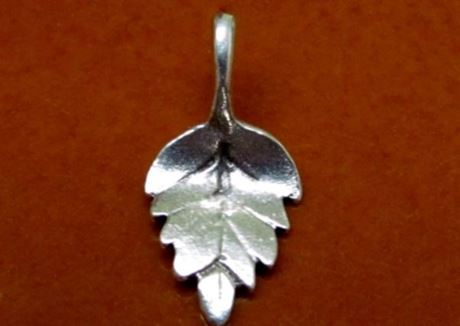 Picture of 10x21 mm, serrated birch leaf, pendant-charms, Zamak, silver-plated