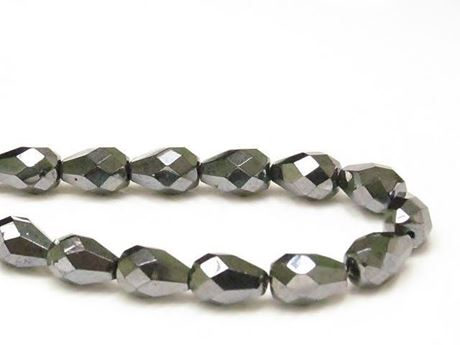 Picture of 10x7 mm, Czech faceted tear-shaped beads, black, opaque, gunmetal luster