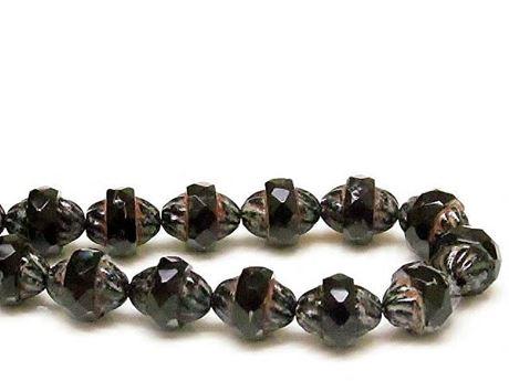 Image de 11x10 mm, turbines, perles tchèques, noir rouille, opaque, cerclé de noir luisant
