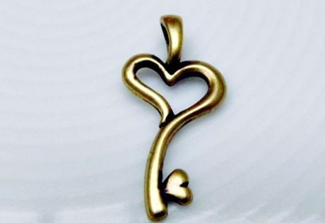 Picture of 12x25 mm, key to my heart, pendant charms, pewter, JBB findings, brass-plated