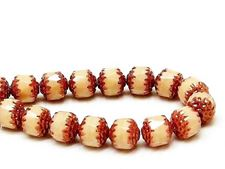Image de 8x8 mm, cathédrale, perles tchèques, blanc soie de maïs, opaque, bords en or rose