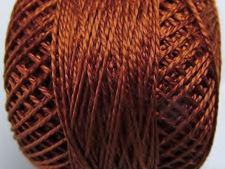 Image de Coton perlé, taille 8, brun topaze profond, lustré