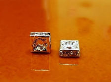 Picture of 6x6mm, rhinestone squadrel, brass beads, crystal-silver-plated, 20 pieces