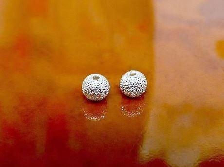 Image de 4x4 mm, rond, perles en alliage, poussière d'étoile, argentée