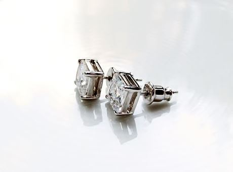 "Picture of ""Princess cut"" stud earrings, sterling silver, square cubic zirconia, 5.5 mm"