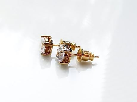 "Picture of ""Brilliant"" cut modern stud earrings, sterling silver, gold-plated, round cubic zirconia, small, 5 mm"