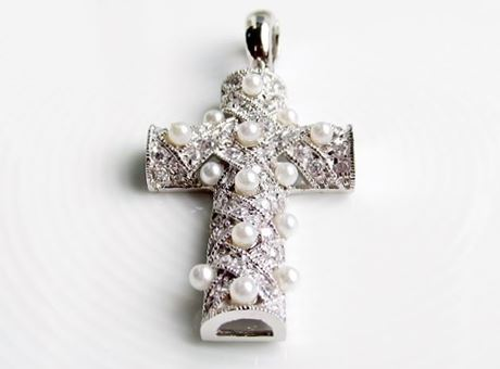 "Picture of ""Cross of St. John in Diagonal weave"" pendant in sterling silver inlaid with cultured pearls and CZ"