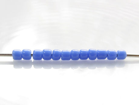 Picture of Japanese seed beads, Toho, size 11/0, periwinkle or lavender blue, opaque
